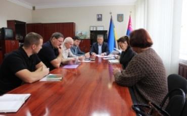 18 вересня проведено нараду з керівниками дорожніх субпідрядних організацій щодо підготовки дорожнього господарства до осінньо-зимового періоду 2019-2020